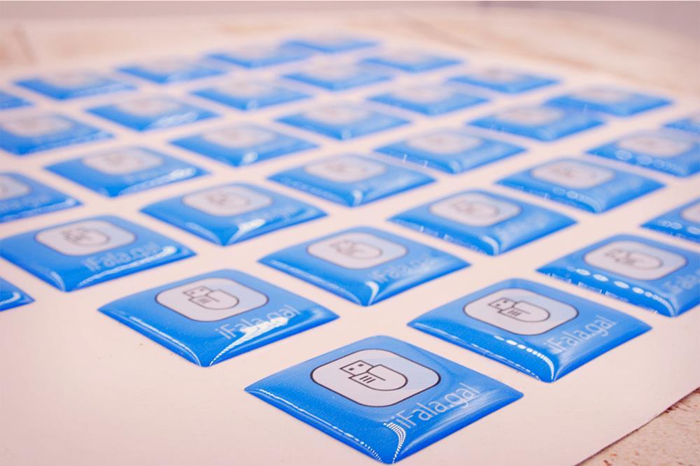 etiquetas de resina cuadradas
