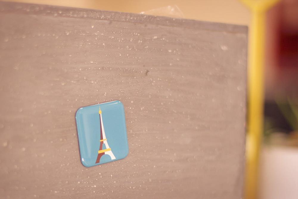 Magnets en résine carrés